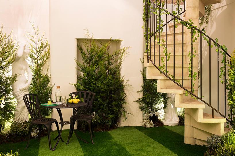 Airbnb联手Pantone打造草木绿主题公寓